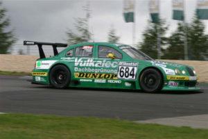 Fahrzeuge Saison 2004